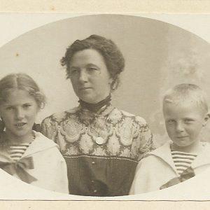 Mama+og+barna.jpg